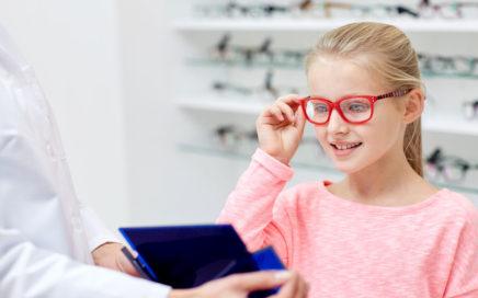 Izbira okvirjev za otroška očala